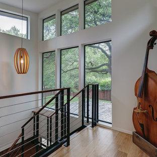 Aluminum Windows Enhance a Modern Home