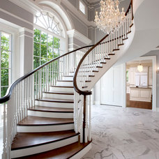 Traditional Staircase by Wade Weissmann Architecture