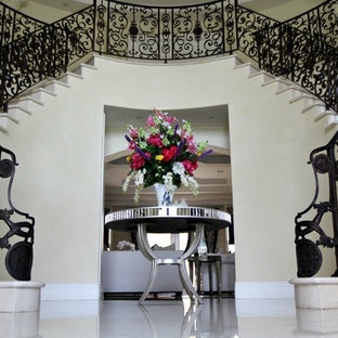 Antebellum Style Home Regal Entry Way