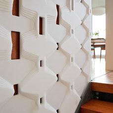 Modern Staircase by building Lab, inc.