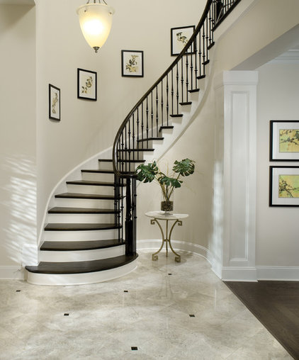 Traditional Staircase by Arthur Rutenberg Homes