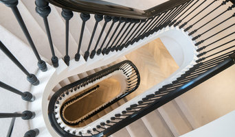 Balustrade with a Classic Spindle Design