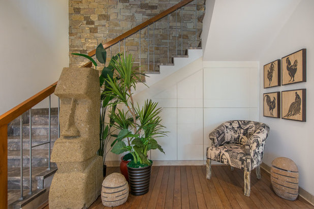 Modern Staircase by Ricken Desai Photography
