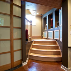 Eclectic Staircase by Gina Bon, Airoom Architects & Builders LLC