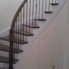 Traditional Staircase by Piedmont StairWorks LLC