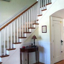 Sacramento Beadboard Staircase Design Ideas Pictures