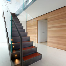 Beach Style Staircase by SPG Architects