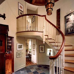 Ejemplo de escalera de caracol campestre