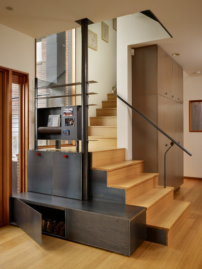 Industriel Escalier by Graham Baba Architects