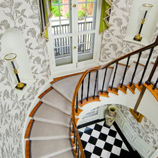 Traditional Staircase by Vincent Greene Architects