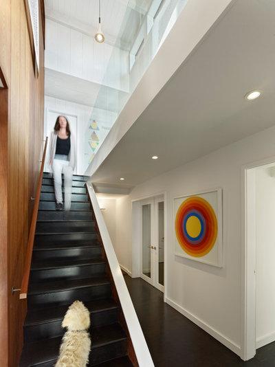 Lighting Basement Washroom Stairs: Houzz Tour: Updating A Midcentury Aerie In The Berkeley Hills
