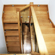 Contemporary Staircase by Betternest