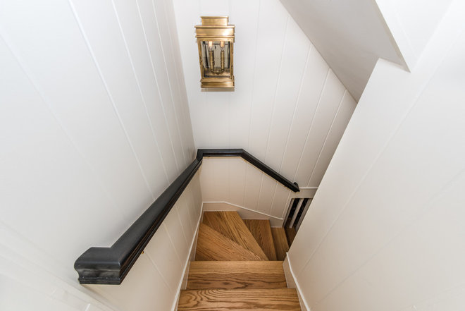 Transitional Staircase by Finecraft Contractors, Inc.
