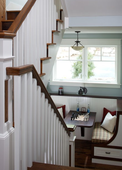 Traditional Staircase by Visbeen Architects