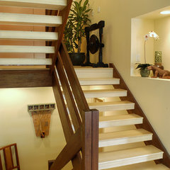 tropical staircase by Archipelago Hawaii, refined island designs
