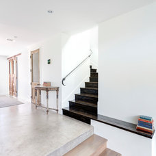 Contemporary Staircase by Restructure Studio