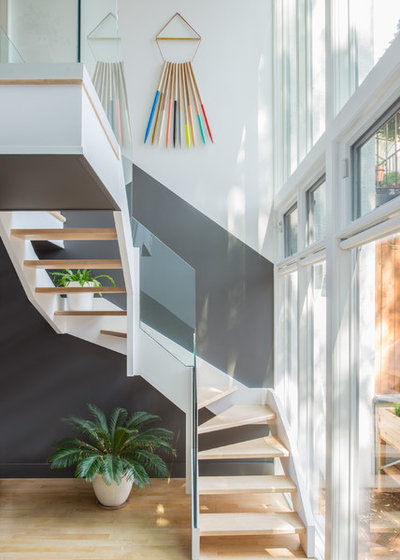 Scandinavian Staircase by Jessica Helgerson Interior Design