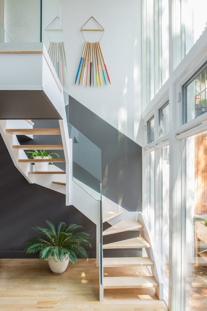 contemporary staircase by Jessica Helgerson Interior Design