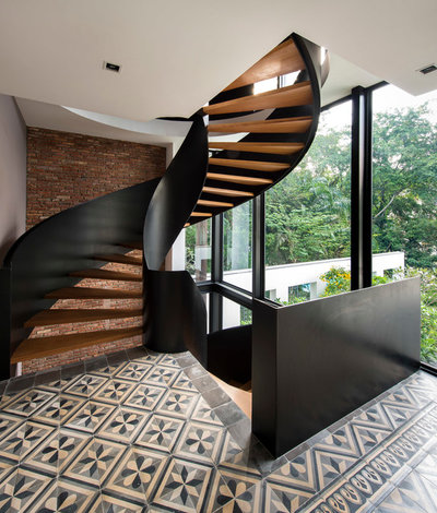 Contemporary Staircase by Visual Text Architect