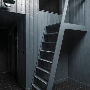 ロンドンのおしゃれな階段の写真