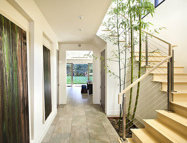 Modern Staircase by Stair Service Inc.