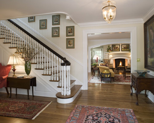 Colonial interior houzz for Colonial house interior design