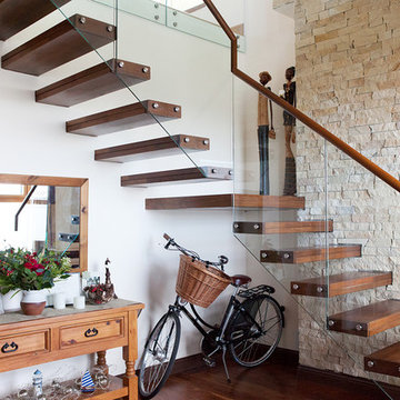 Cantilevered Steel Clad Staircase