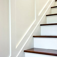 Beach Style Staircase by Patrick Ahearn Architect