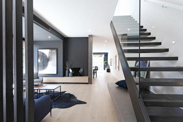 Contemporary Staircase by KG Architecture