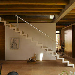 contemporary staircase Casa Estudio