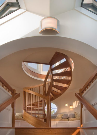 Bord de Mer Escalier by DesRosiers Architects