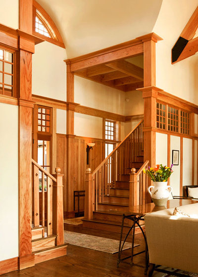 traditional staircase by wayne windham architect pa