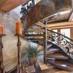 Diseño de escalera de caracol, mediterránea, extra grande, con escalones de madera