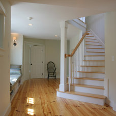 Traditional Staircase by A3 Architects, INC