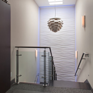 Example of a zen staircase design in San Diego