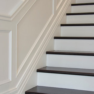 This is an example of a victorian staircase in Melbourne.
