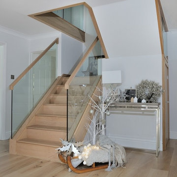 Classic Glass Staircases