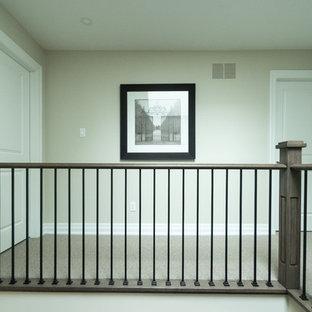 トロントのコンテンポラリースタイルのおしゃれな階段の写真