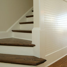 Traditional Staircase by plantation building corp
