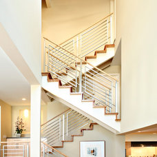 Contemporary Staircase by Synthesis Inc.