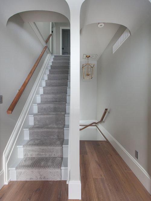 gerade treppen mit teppich setzstufen ideen f r treppenaufgang treppenhaus. Black Bedroom Furniture Sets. Home Design Ideas