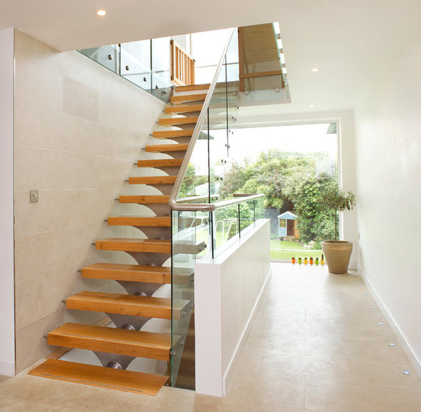 Contemporary Staircase by The Bazeley Partnership