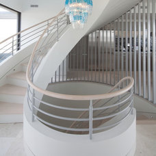 Contemporary Staircase by Austin Patterson Disston Architects