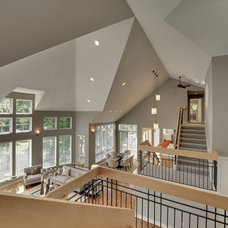 Contemporary Staircase by Spacecrafting / Architectural Photography