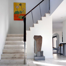 Contemporary Staircase by BERG DESIGN ARCHITECTURE