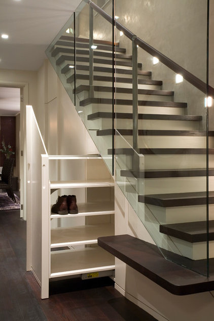 Contemporary Staircase by Studio Mark Ruthven