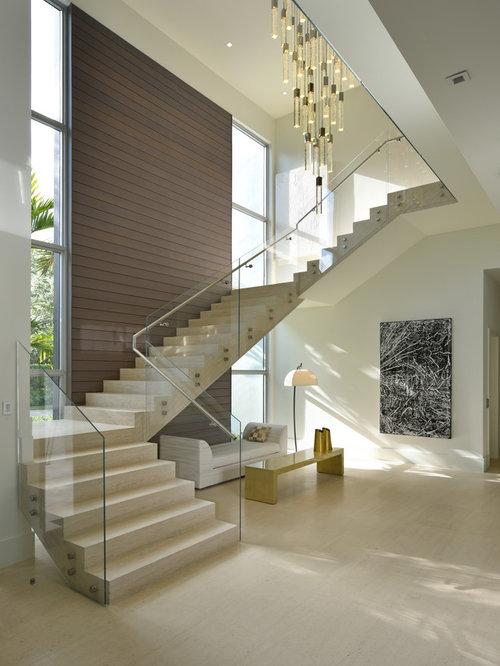 L shaped staircase design ideas remodels photos for Casas modernas llc west 12th street dallas tx