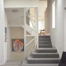 Contemporary Staircase by CCS ARCHITECTURE