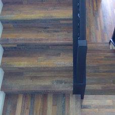 Tropical Staircase by Nau Builders, Inc.