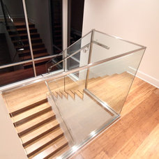 Modern Staircase by mohment